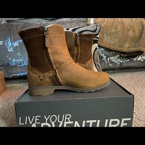 Eddie Bauer Women's Covey Boot Natural Size 10